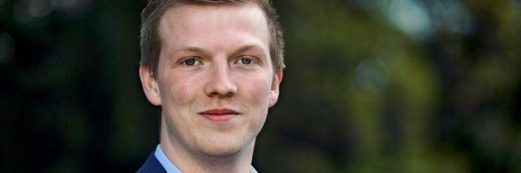 Leden kiezen Tim Simons unaniem als lijsttrekker VVD Drimmelen